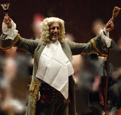 Conductor-Ivars-Taurins-dressed-as-Herr-Handel-for-Sing-Along-Messiah