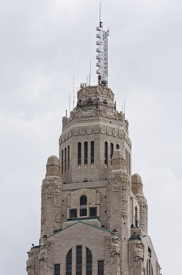 598px-the_leveque_tower_upper_stories